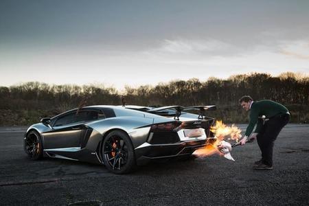 Esta noche cenamos pavo al Lamborghini Aventador