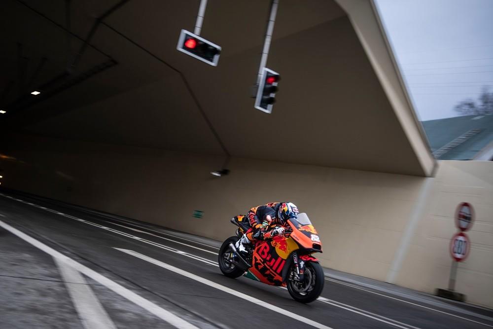 Foto de Miguel Oliveira en el tunel Gleinalm (13/17)