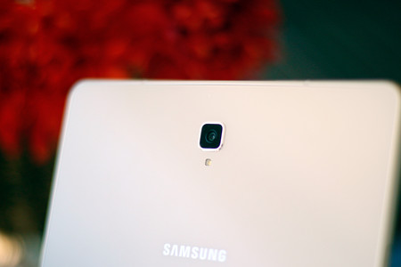 Samsung Galaxy Tab S4 14
