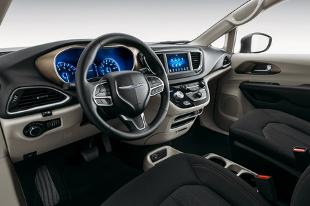 Chrysler Voyager 2020 6