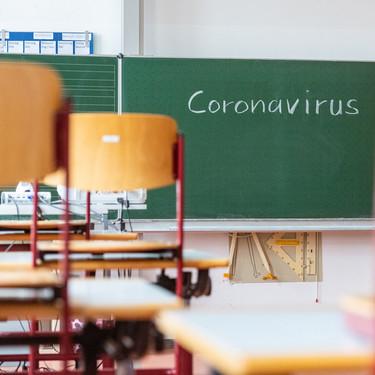 La nueva 'tasa sanitaria' por el coronavirus de 159 euros en los colegios concertados: ¿pueden cobrarla?
