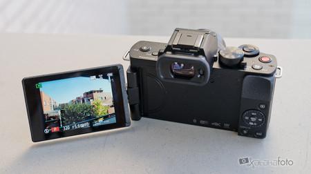 Panasonic Lumix G100 7