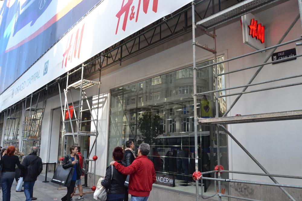 Foto de Alexander Wang x H&M, la colección llega a tienda (Madrid, Gran Vía) (24/27)