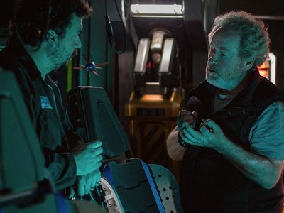 """Ridley Scott da marcha atrás y admite que no sabe lo que hace con Alien: """"Quizá ruede una o dos más"""""""