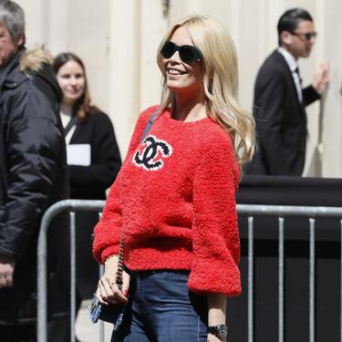 Manual de estilo para combinar un jersey rojo