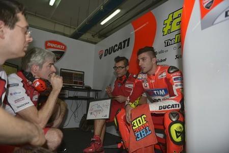 La Ducati GP15 aprueba con nota su primera prueba de fuego en pista