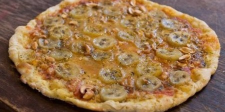 O Banana Curry Pizza Facebook