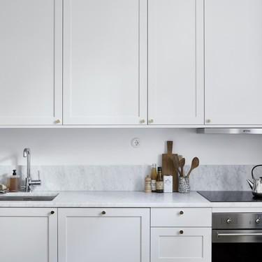 21 imágenes que demuestran que las cocinas grises son tendencia