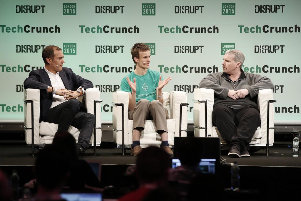 Vitalik Buterin San Francisco Techcrunch Disrupt Mesa Redonda