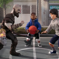 Kratos y Atreus juegan al basket al estilo God of War en el comercial más disparatado de PS4 Pro