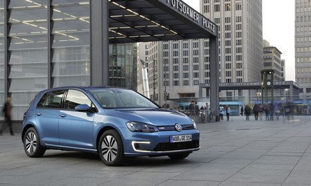 Volkswagen E Golf Blue