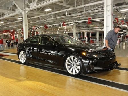 Tesla Model S Prototipo Fabrica