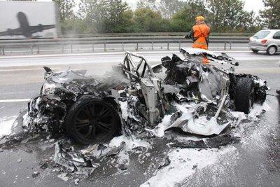 Dolorpasión™: Audi R8 GT reducido a cenizas, literalmente