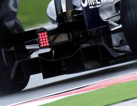 Los difusores de Williams y Toyota en el punto de mira