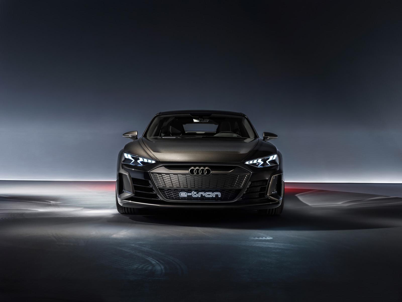 Foto de Audi e-tron GT concept 2018 (33/55)