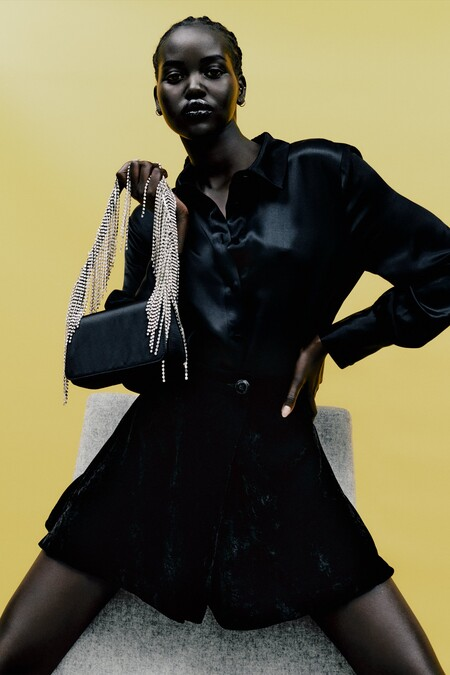 Zara Rebajas 2021 Basicos 01