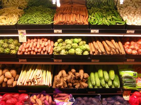 Los alimentos con más pesticidas y los que menos tienen