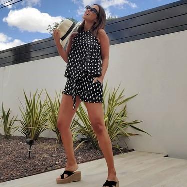 Paula Echevarría luce el combo de top y pantalón corto más cómodo del verano y aún puede ser tuyo por menos de 50 euros