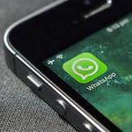 Ahora en WhatsApp para iPhone puedes enviar mensajes sin conexión, hasta 30 fotos de golpe y gestionar mejor tu espacio