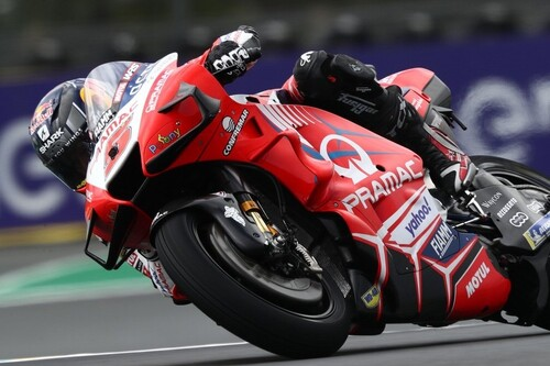 Johann Zarco lidera el doblete francés en Le Mans con festival de caídas entre los favoritos de MotoGP