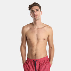 Foto 5 de 5 de la galería ropa-de-bano-escapada-a-la-playa-de-la-concha-en-unit-moda en Trendencias