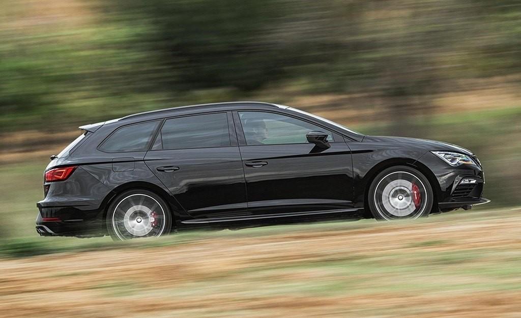 Foto de SEAT León ST Cupra Black Carbon (6/8)