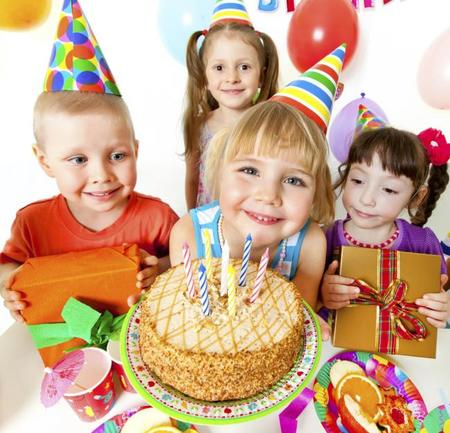 Fiesta de cumpleaños con niños