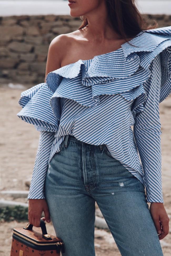 Clonados y pillados: esta primavera no te quedes sin la blusa que nos recuerda a la de Johanna Ortiz