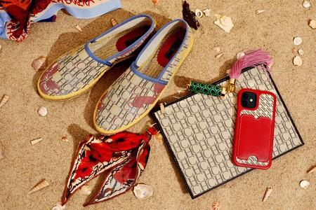Carolina Herrera tiene los bolsos de rafia y las alpargatas de esparto más estilosas del verano para lucir lookazos