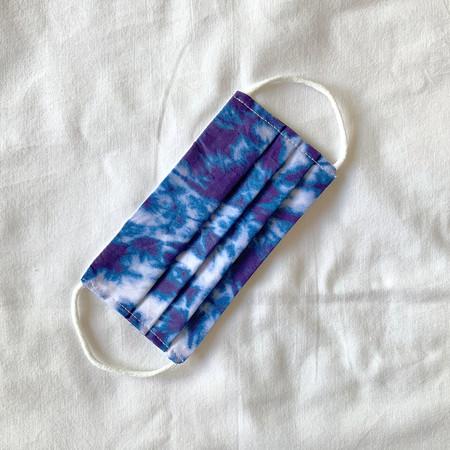Mb Agu 065 01 Mascarilla De Tela Reutilizable Estampada Shibori Moda Complementos Agustina Mybarrio