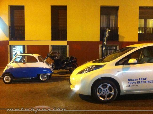 Nissan Leaf y BMW Isetta
