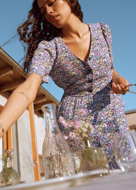 Así de bonitos son los vestidos de verano de &OtherStories: diseños de tendencia para lucir de día y de noche