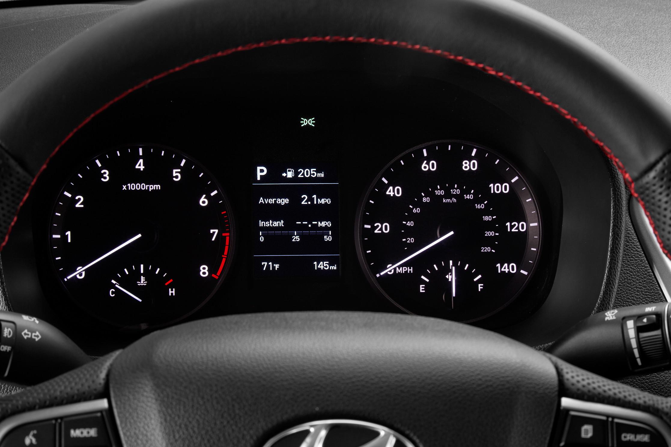 Foto de Hyundai Accent 2018 (16/17)