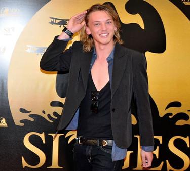 Jamie Campbell, de 'Crepúsuculo', desata la histeria en el Festival Cine de Sitges