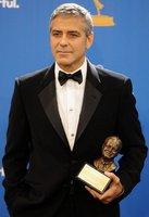 Los hombres mejor vestidos en los premios Emmy 2010