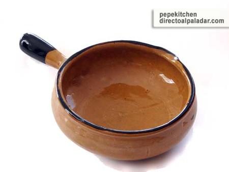 El caquelón o caquelon, utensilio de cocina