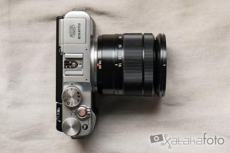 Fujifilm X-M1 top