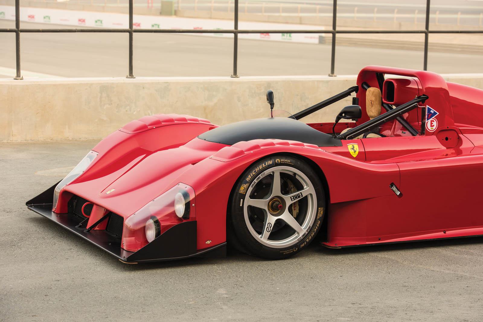 Foto de Ferrari 333 SP de 1994, a subasta (14/24)