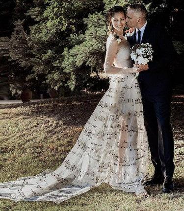 Marica Pellegrinelli se casa con Eros Ramazzotti con un vestido musical de Valentino Alta Costura