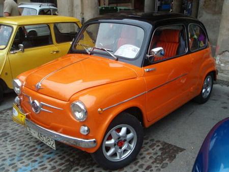 Concentración de coches clásicos en Benavente