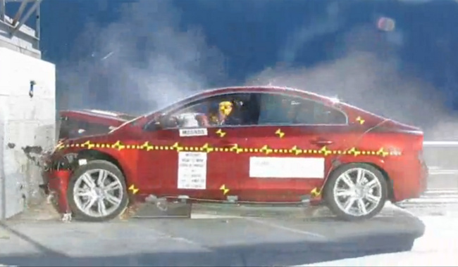 Crash test NHTSA del Volvo S60