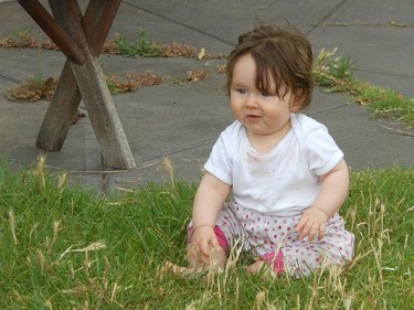 Sentar al bebé le ayuda a aprender