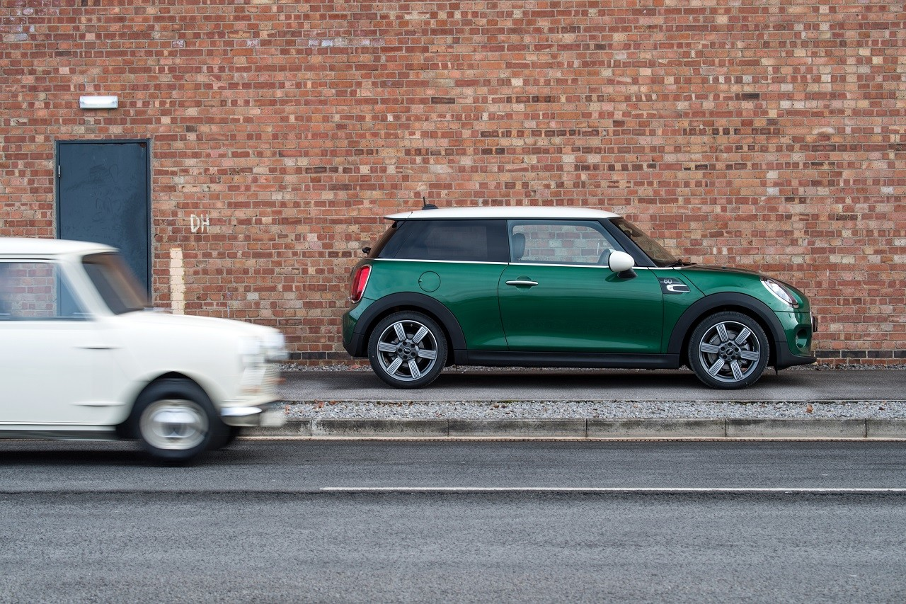 Foto de Mini 60 Years Edition (9/21)