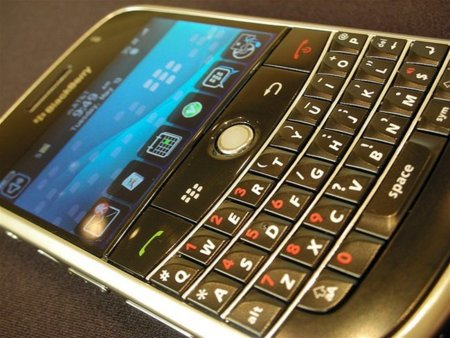 BlackBerry sí, pero con servidor en Arabia Saudí