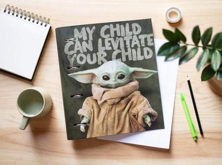 Carpeta 4 anillas troquelada Baby Yoda
