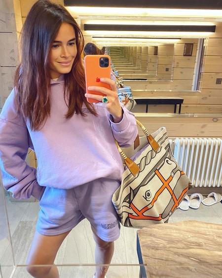 Miroslava Duma vuelve al mundo de la moda, pero se esconde tras una nueva firma casual y deportiva