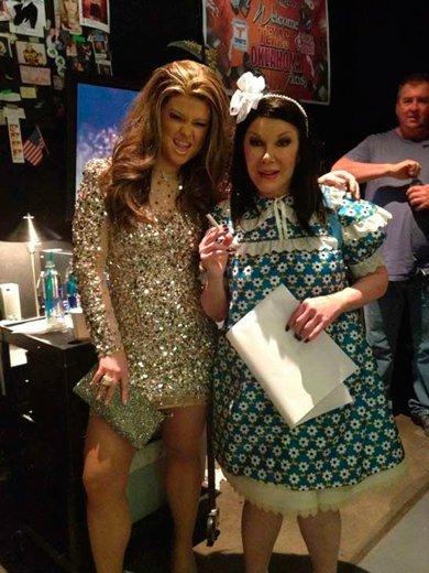 kelly-osbourne-as-jlo-and-joan-rivers-and-suri-cruise