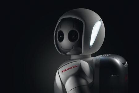 Honda hace más listo y habilidoso a su robot ASIMO, le dibuja una sonrisa