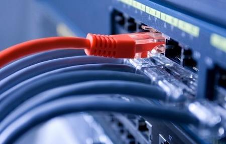 Solo 3 de cada 10 familias mexicanas cuentan con acceso a Internet: INEGI