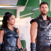 El spin-off de 'Men in Black' juntará de nuevo a Chris Hemsworth y Tessa Thompson